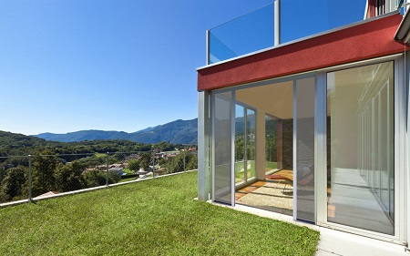 Bettio picoscenica installation of sliding doors