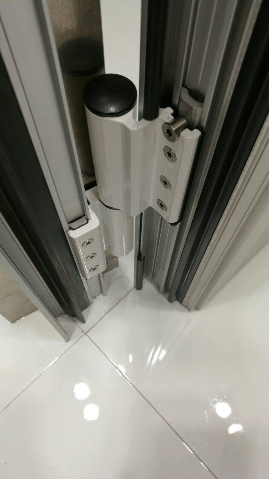 Savio hinge with integrated door closer Reklò & Savio Reklò Innovative Door Closing Hinge Buy Online | Windowo