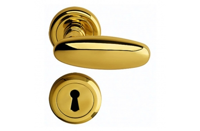 A.Z. Little Handle on Rose With Keyhole Covers With Spring of Elegant Design Bal Becchetti
