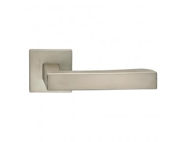 Hammer Series Fashion forme Door Handle on Square Rosette Frosio Bortolo Minimal Style