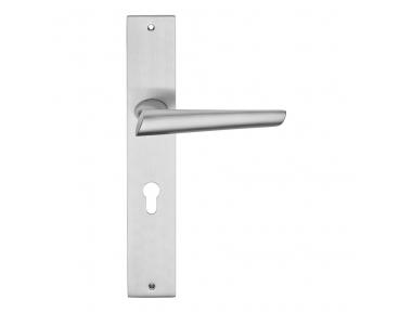 Kendo Door Handle on Plate of Contemporary Design Linea Calì Design