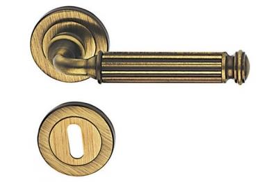Meteor Classique PFS Pasini Brass Door Handle with Rose and Escutcheon