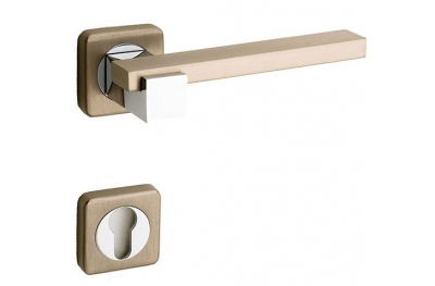 Plus Line Brass Door Handle on Square Rosette Fashion Line PFS Pasini