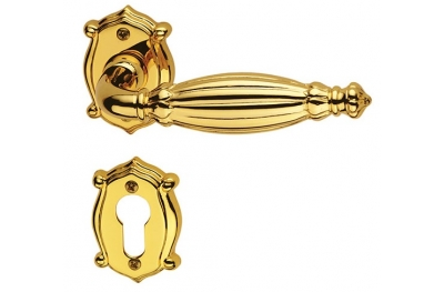 Queen Classique PFS Pasini Brass Door Handle with Rosette and Escutcheon Plate