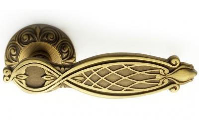 Ramses Classique PFS Pasini Brass Door Handle with Round Rosette
