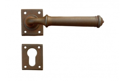 Tallin 1 Galbusera Door Handle with Rosette and Escutcheon Plate